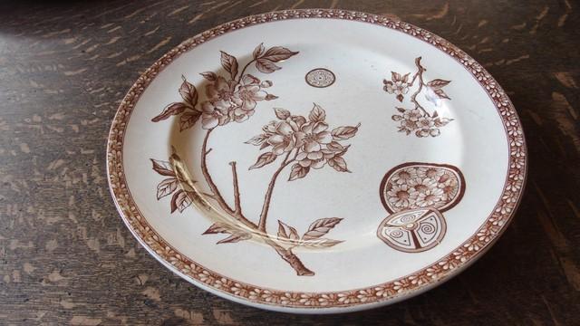 19世紀後期~20世紀初期 Grand Depot de Porcelaines & Faiences製 プレート Margueriteシリーズ