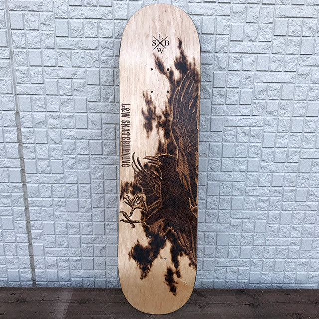 Burning skateboard 八咫烏(yatagarasu)