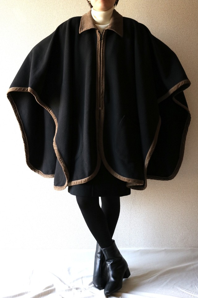 Vintage zip up cape