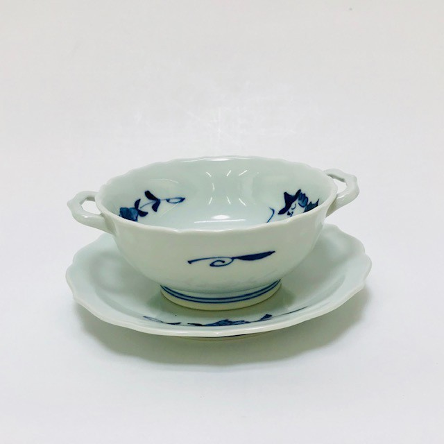 【青花】 すこし小さめのマント異人スープ碗皿