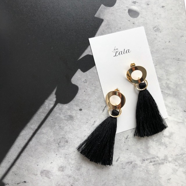 """ by no. Lala "" tassel pierce (black)"