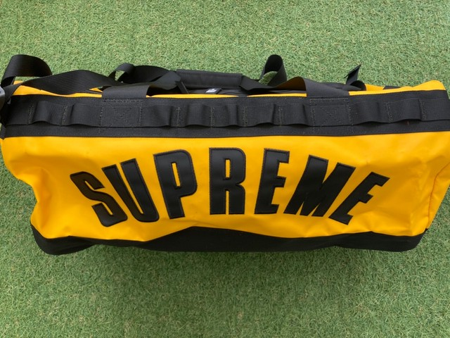 Supreme 19SS × THE NORTH FACE ARC LOGO BASE CAMP DUFFLE BAG YELLOW 2264