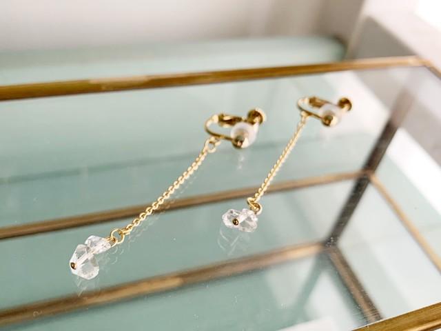 【4月の誕生石】チャンスを引き寄せるハーキマーダイヤモンド・チェーンピアス/イヤリング
