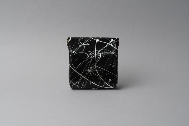 送料無料・ギフトラッピング(ギフト箱)無料○ ワンタッチ・コインケース ■drip type ホワイト ブラック・クリアBLK■ - メイン画像