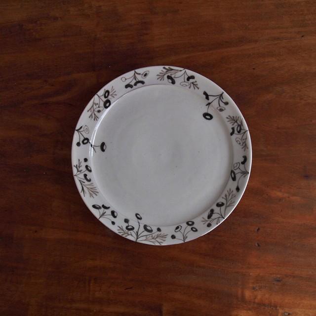谷野明子|6寸皿 ハルジオン&カモミール