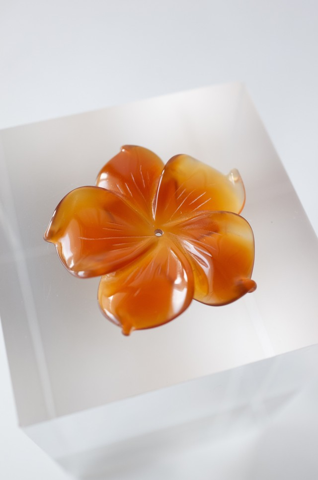 Flower Carving Agate