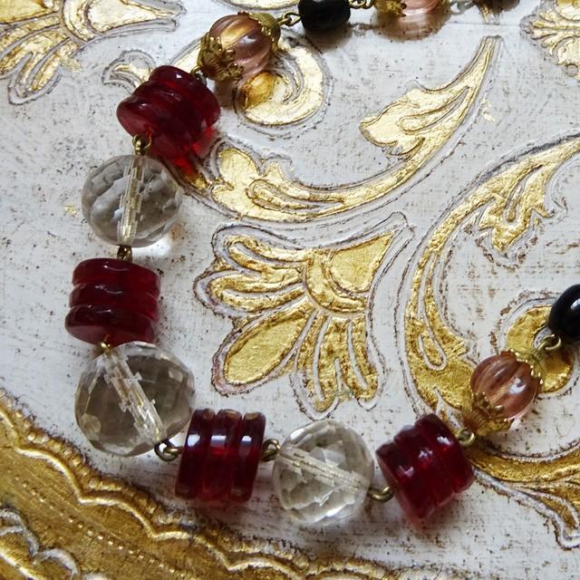 チェコスロバキア ヴィンテージガラスのネックレス / レッド