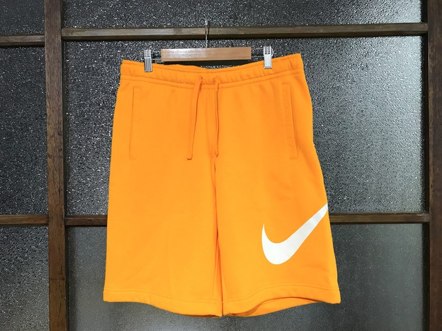 NIKE CLUB SWEAT SHORT PANTS (YELLOW)