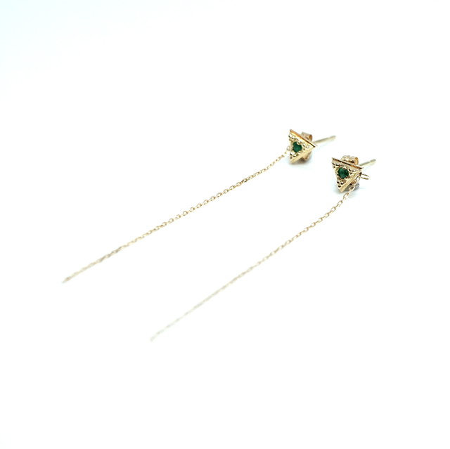 G_pyramid dia chain pierce Emerald - K18YG