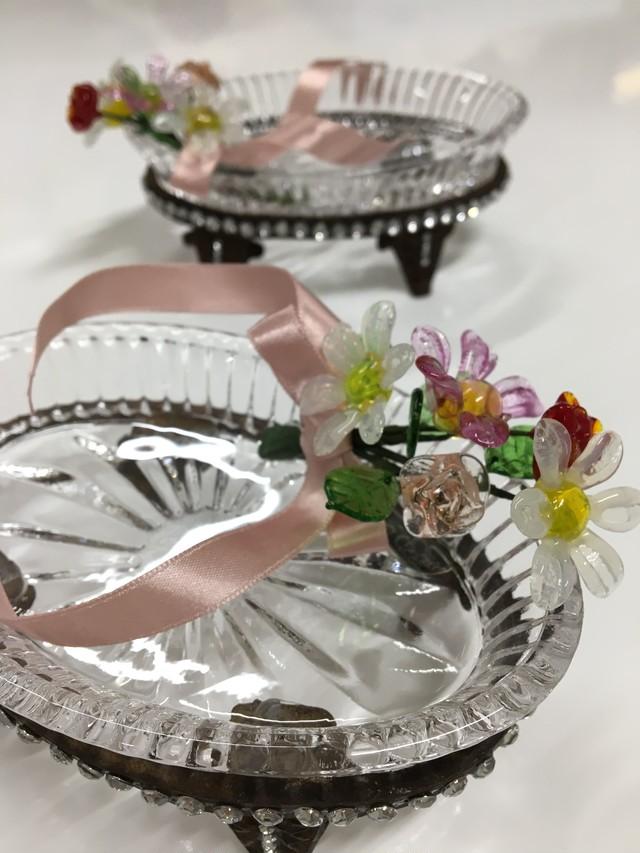 小花咲くガラストレイ