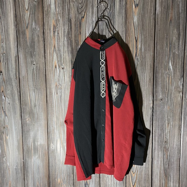 [used]black and red switching shirt