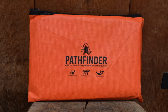 新品 PATHFINDER Survival Blanket Orange