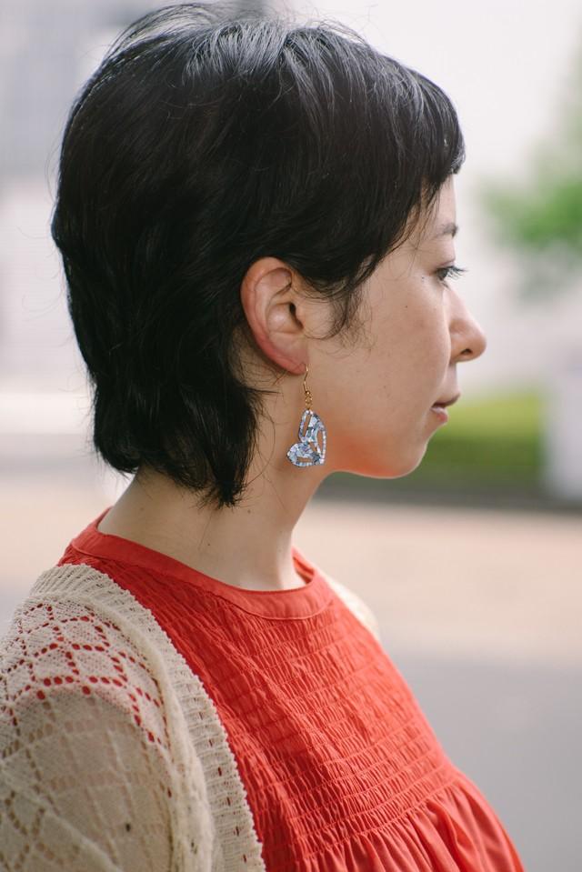 『kihaku』ナミアゲハ ピアス・イヤリング (白蝶貝)