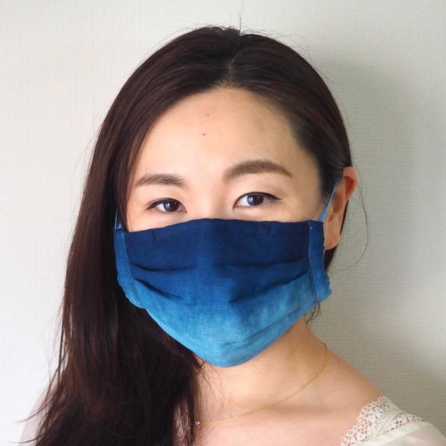 藍染めガーゼ 5 層仕立て 快適サラサラプリーツマスク(縦グラデーション)