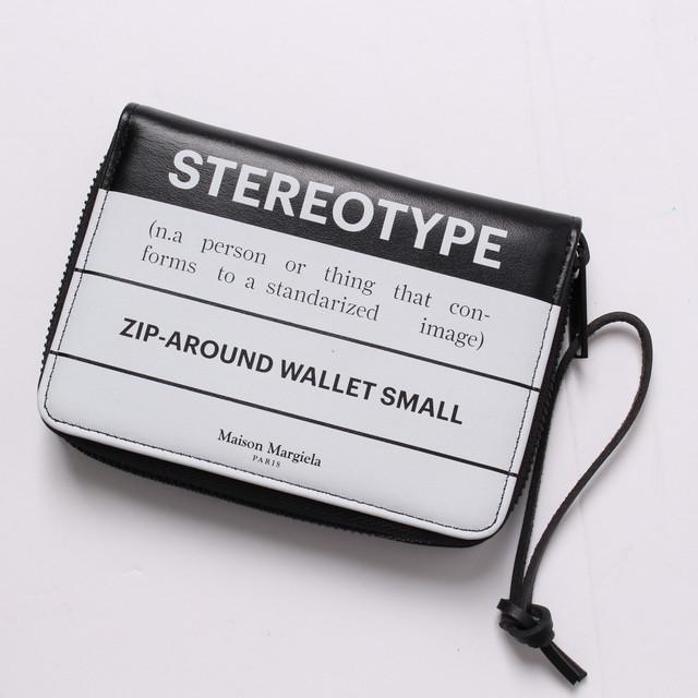 メゾンマルジェラ Maison Margiela ラウンドファスナー 二つ折り財布 小銭入れ付き STEREOTYPE ステレオタイプ  ブラック ロゴ[全国送料無料] r013616