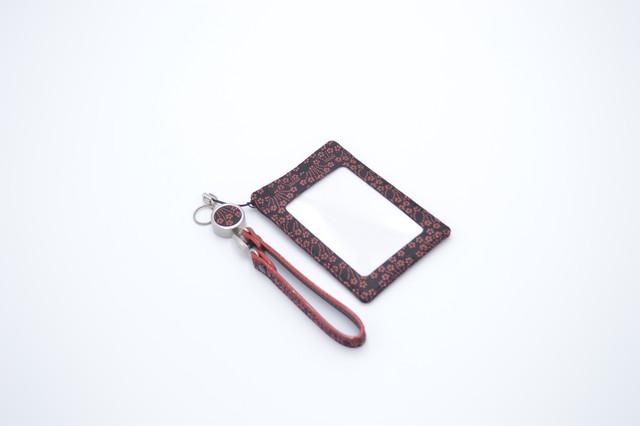定期入(リードストラップ付き) 黒/赤 小桜菖蒲柄