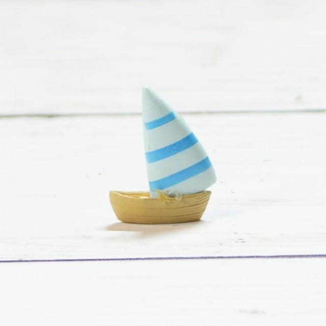 船 フネ ヨット 全2色 高さ3.0cm ミニチュア ジオラマ 乗物模型 苔テラリウム おもちゃ フィギュア