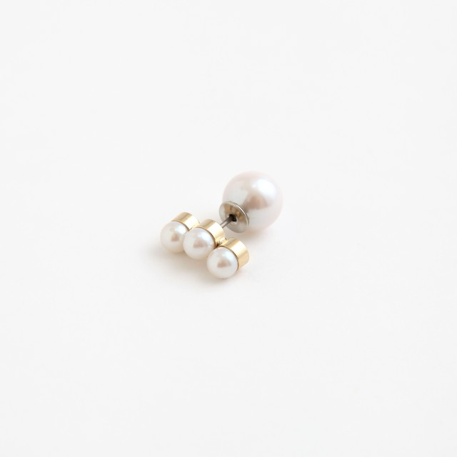 MAYU/PEARL RIVETS 4.5mm CreamPearl,9mm(片耳)