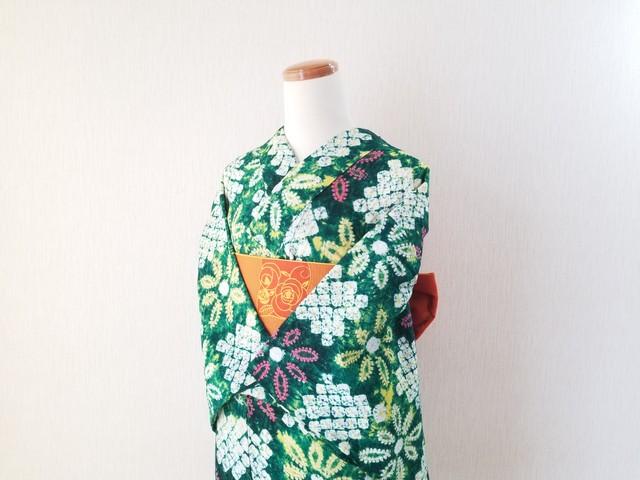 【H-17】 丈151 裄62 和モダン  市松に花  くも絞り 可愛い 総絞り 浴衣 リサイクル