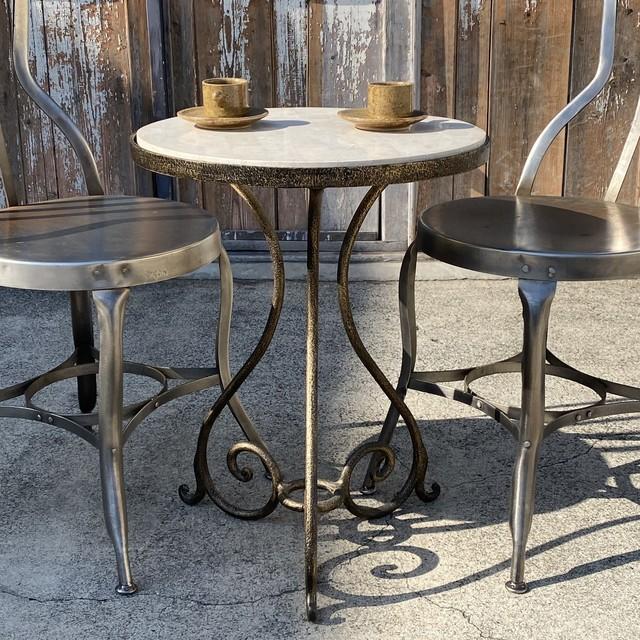 天然石gardenラウンドテーブル