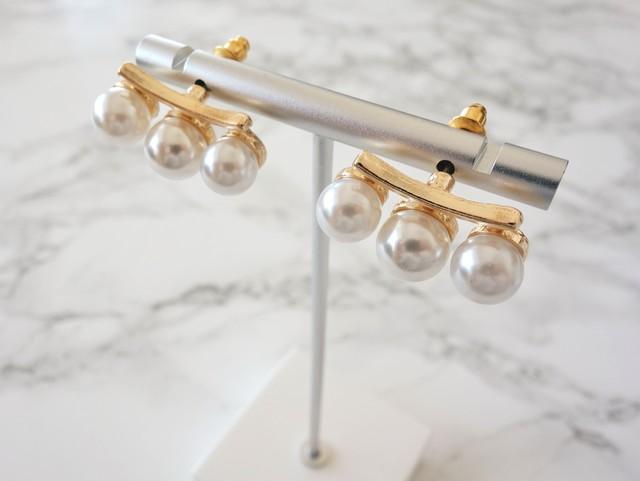 three pearl pierce