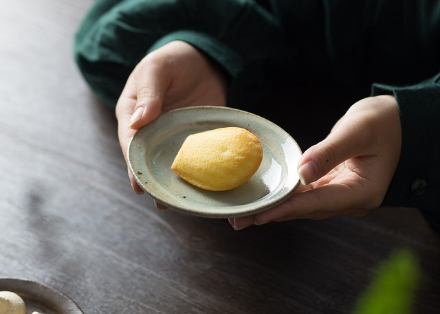 灰釉 オーバル豆皿(小皿・豆皿・取り皿・醤油皿)/くるり窯