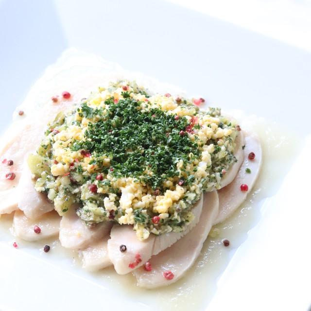 錦爽鶏ムネ肉のラビゴットソース