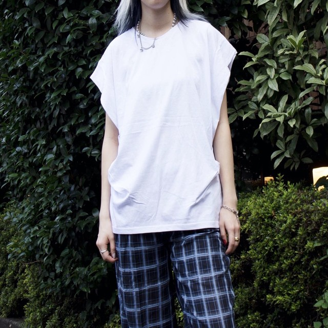 【WOMENS - 1 size】SLEEVELESS FLY TEE / White