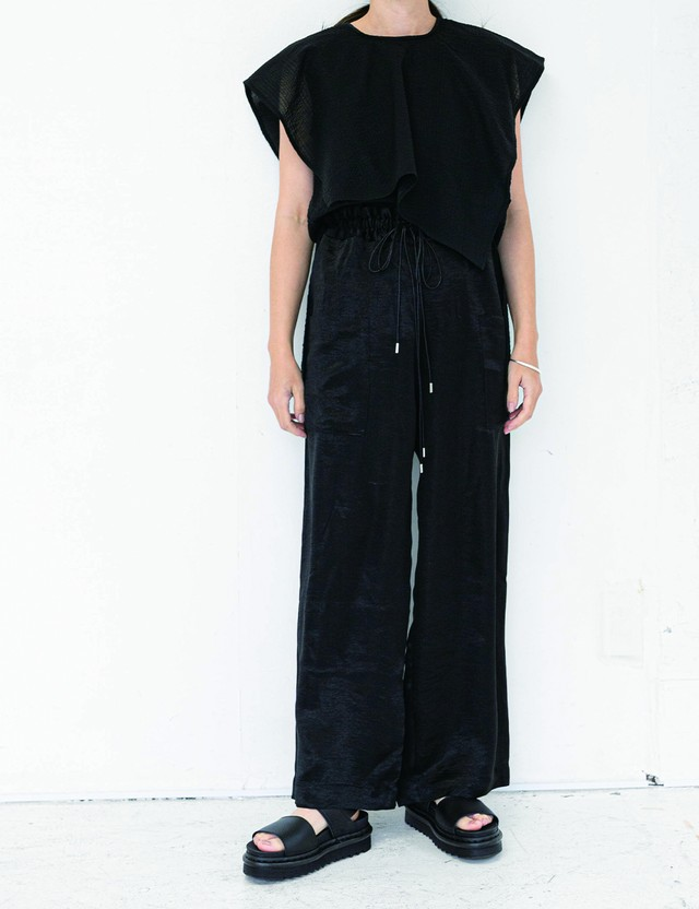 Straight pants / Black