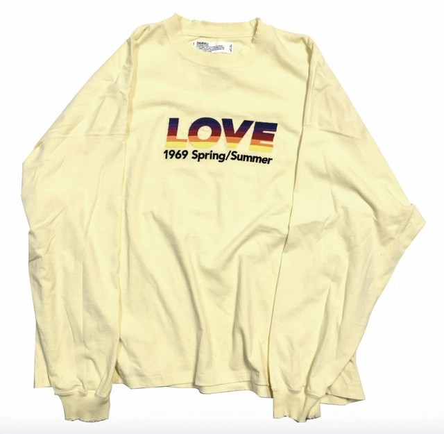 "【DAIRIKU】""LOVE"" Long Sleeve Tee"