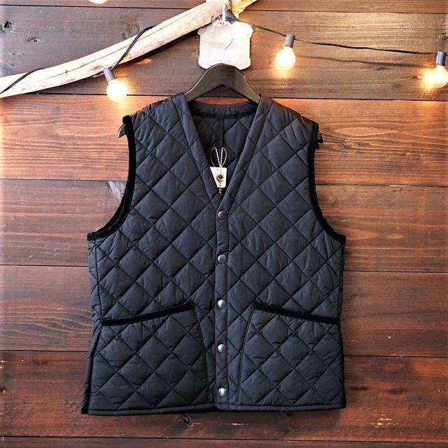 Barbour QUILT VEST NYLON [BLACK]