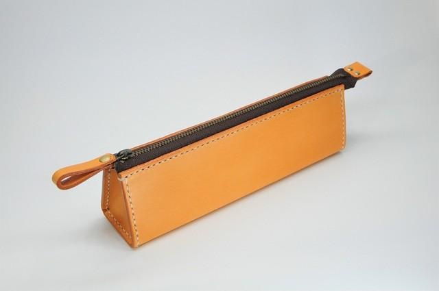 ヌメ革ペンケース(さし込みカバータイプ)