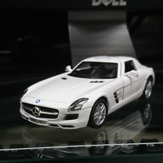 KiNSMART メルセデス・ベンツ SLS AMG