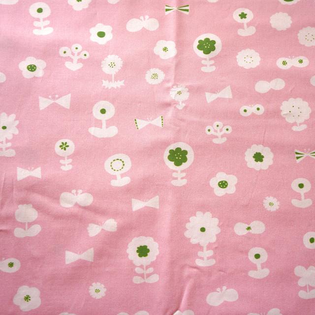 ≪生地≫ flower garden (pink-green-milk) Kona® コットン 10cm単位 (幅107cm)【受注生産】