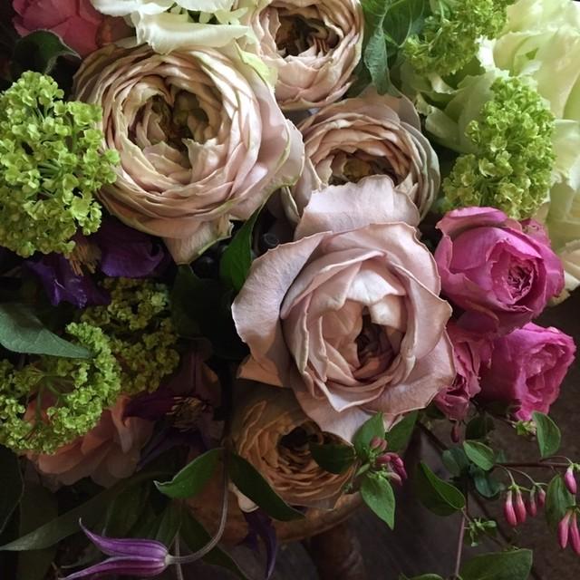 *母の日*季節の花のおまかせブケ ( L size) 10000円*本州送料無料