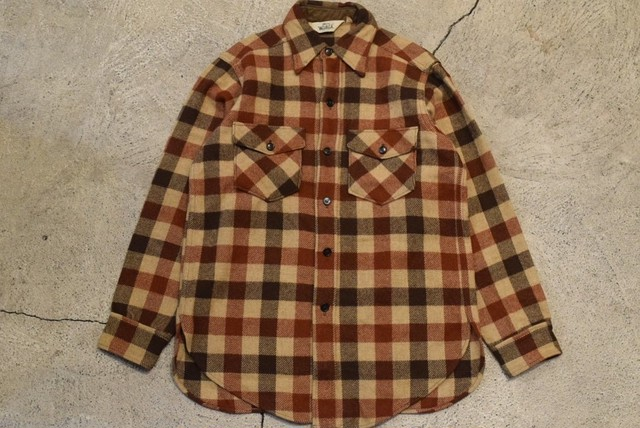 USED 70s Woolrich Wool shirt -Medium 0825