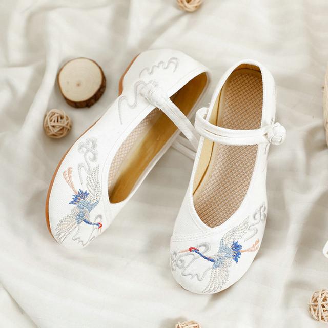 2colors 刺繍靴 手作り靴 チャイナ靴 中国風ボタン 民族風 ズック ゴム 34 35 36 37 38 39 40 41 ベージュ ホワイト