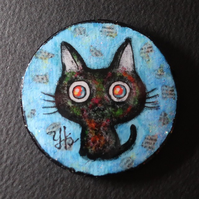 黒猫バッチ(ブルー)