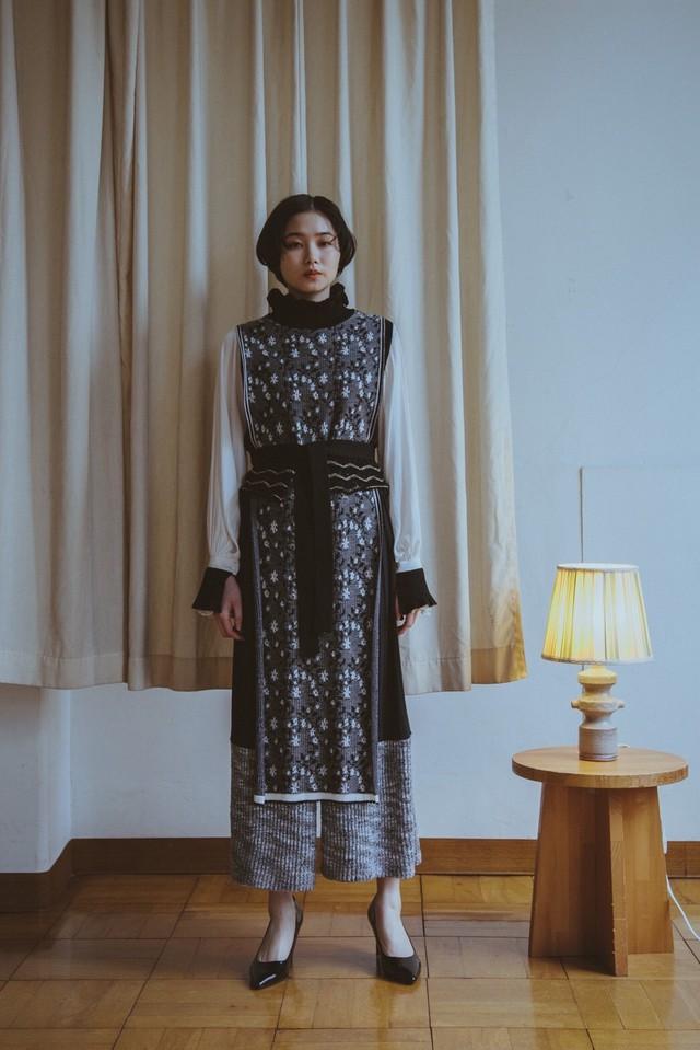 【予約】YUKISHIMANE Flower Sparkle Knit vest dress+belt