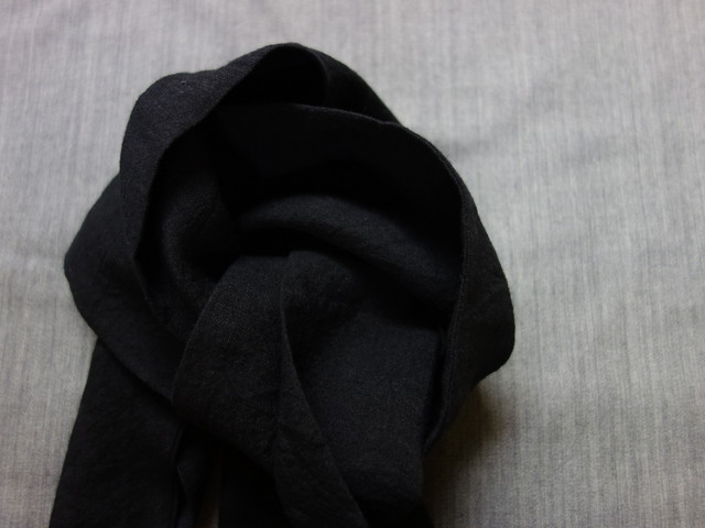cravat scarf / antique black