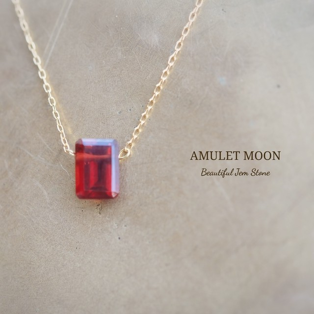 With an amulet  ~水晶18Kネックレスチェーン