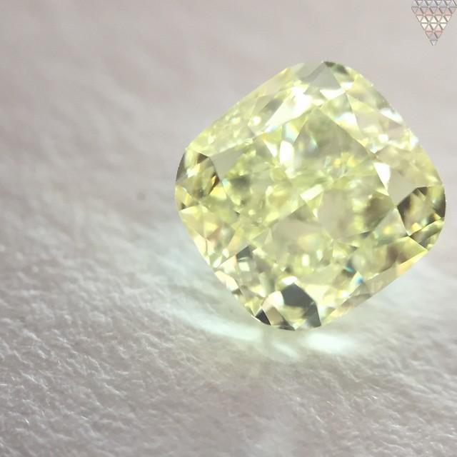 0.8 ct W-X VVS2 CUSHION GIA 天然  ダイヤモンド ルース
