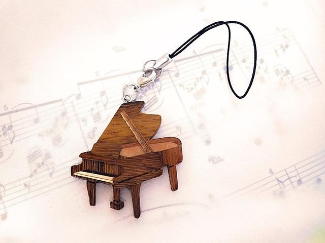 【再入荷】グランドピアノ 木製楽器ストラップ