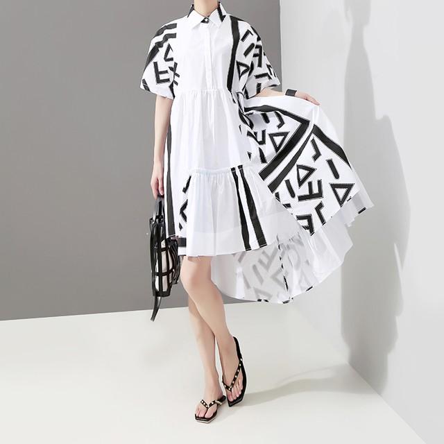 シャツワンピース 折り襟 アルファベット 半袖 アシンメトリー 着心地良い 着痩せ 大きいサイズ オリジナルデザイン ロングワンピース ホワイト