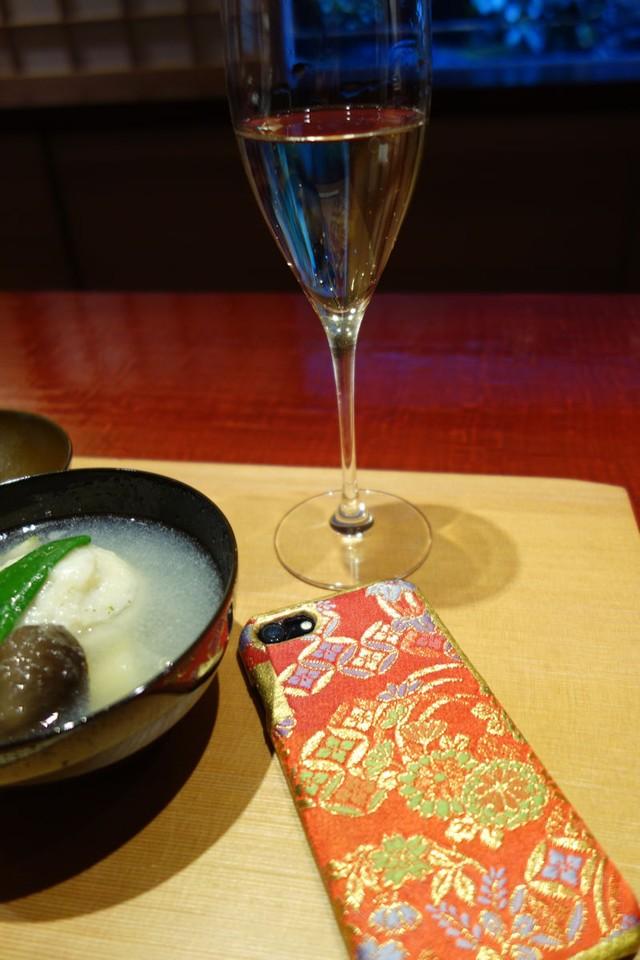 西陣織スマホケース/菊柄【対応機種:iphone7/8/新SE】