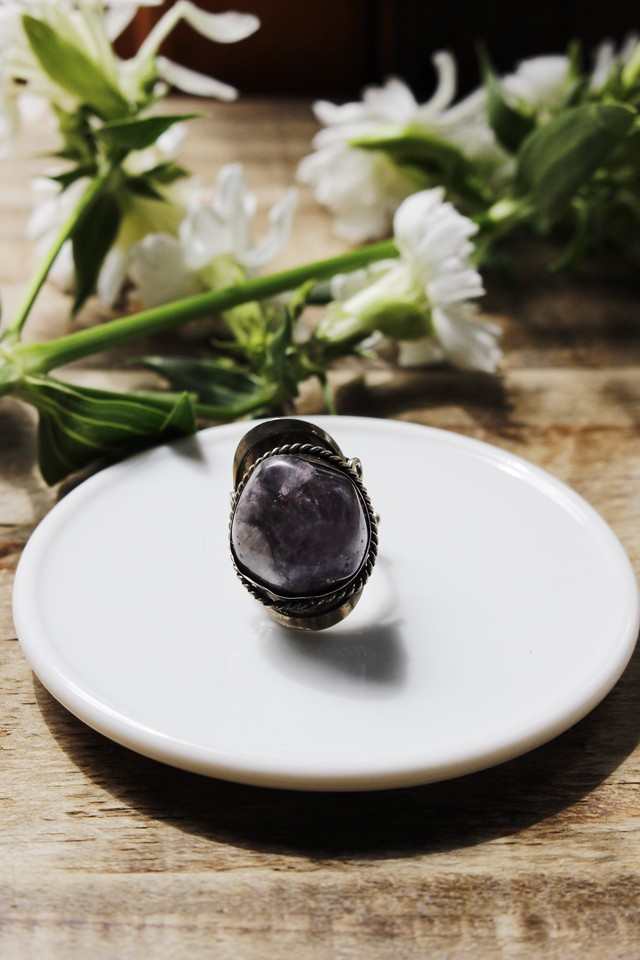 Vintage Stone Ring (C)