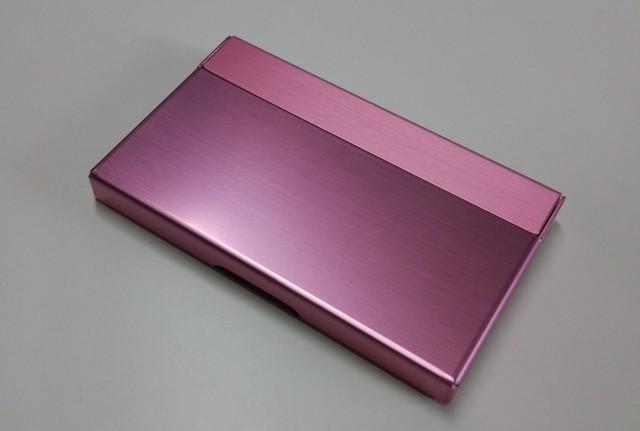 アルミニウム製名刺カード入れ レッド色