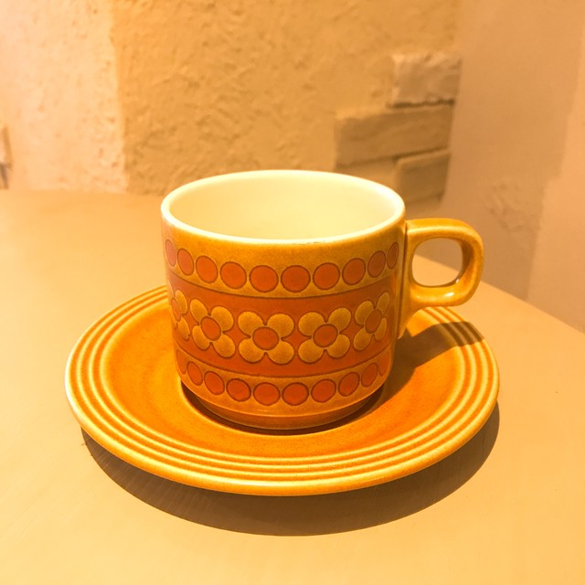 イギリスヴィンテージ食器 ホーンジー サフラン カップ&ソーサー