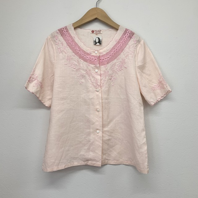 vintage nocollar embroidery blouse