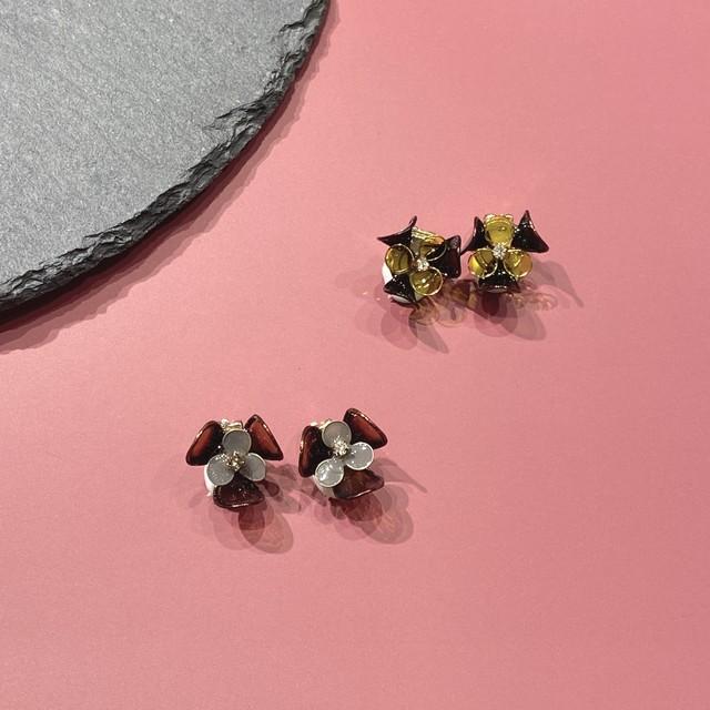 dark flower M ピアス・イヤリング
